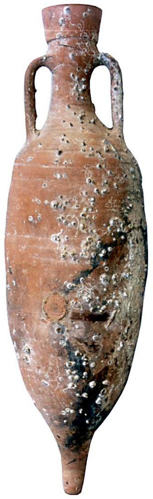 &Agrave;mfora laietana Pascual 1, fabricada a la Tarraconense. Abundant a les illes Piti&uuml;ses, extreta d´un punt indeterminat del litoral d´aquestes illes. Contengut: vi, <em>c.</em> 30 aC.-25 dC. E. 1:10. Foto: Joan Ramon Torres.