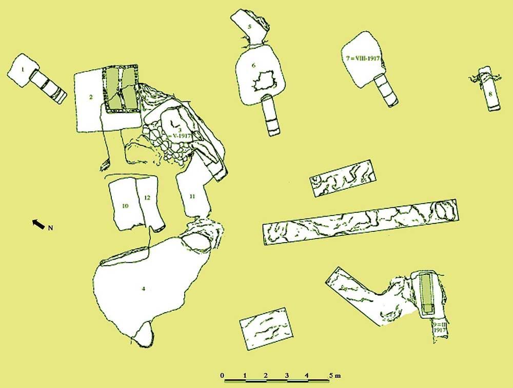 Les pallisses de Cala d´Hort. Planta parcial de la necròpolis púnica. Elaboració: Joan Ramon Torres / J. M. López Garí.