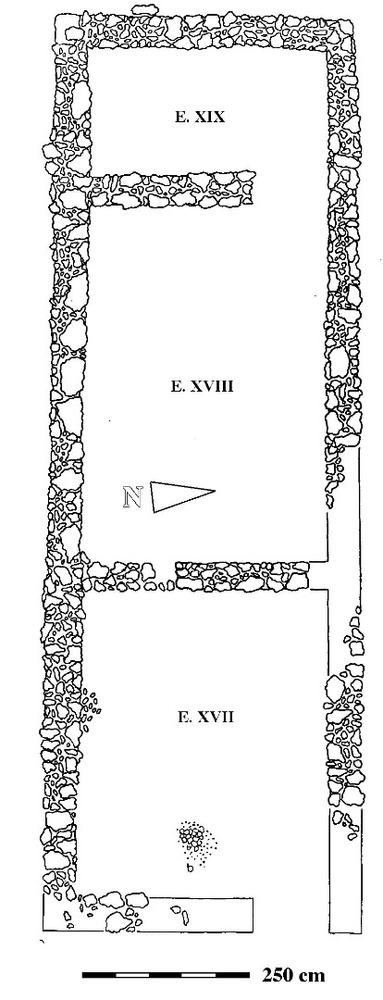 Sa Caleta. Barri S: planta d´una unitat arquitectònica amb tres estances (XVII-XIX) alineades (2a meitat del s. VII aC.). Elaboració: Joan Ramon Torres / J. M. López Garí.