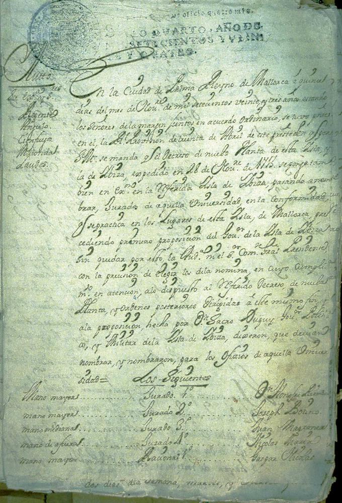 El Decret de Nova Planta, que acabà amb les peculiaritats dse la Corona de Mallorca. Ajuntament d´Eivissa / Arxiu Històric Municipal.