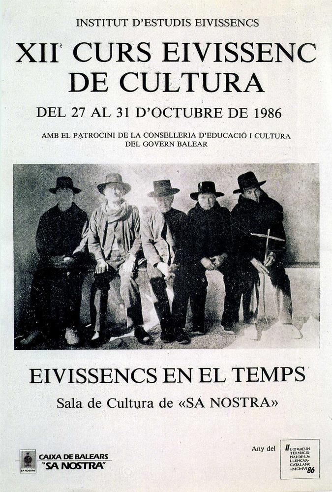 Cartell del XII Curs Eivissenc de Cultura, amb una foto de Joaquim Gomis publicada a la <em>Guía Gráfica Costa</em>. Cortesia de l´Institut d´Estudis Eivissencs.