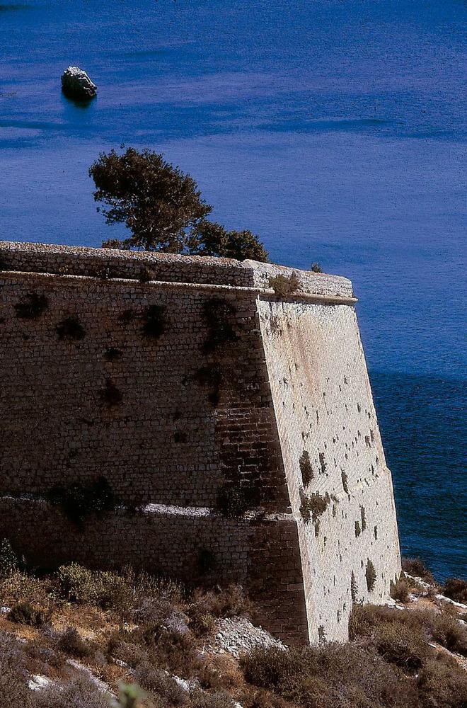 El Revellí sobre la mar. Foto: Vicent Marí.