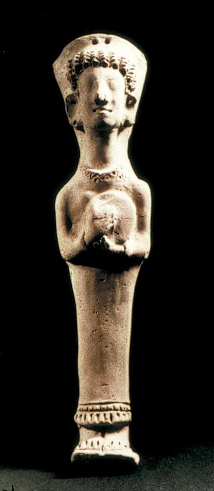 Època feniciopúnica. Figura femenina amb un <em>tympanon</em>, que probablement representa Astarté com a deessa funerària; final s. VI aC.