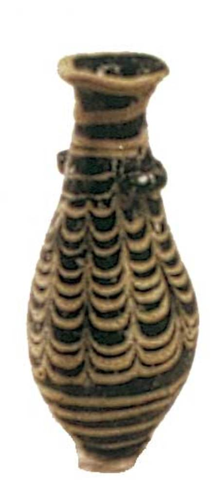 Època feniciopúnica. Ungüentari de pasta vítria; s. II aC. Foto: cortesia del Museu Arqueològic d´Eivissa i Formentera.
