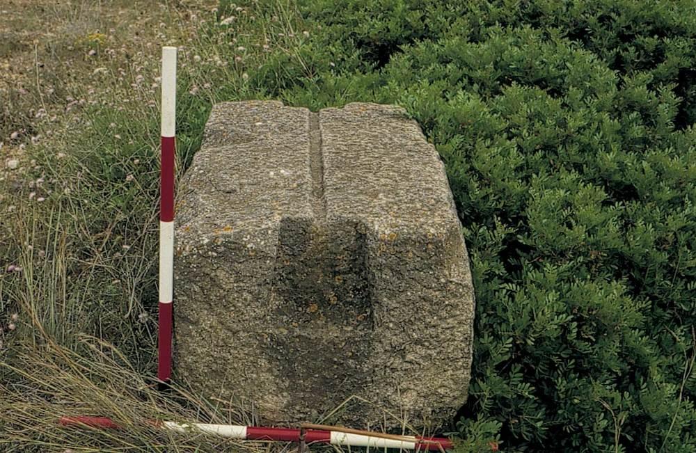 Època feniciopúnica. Un altre contrapès de premsa d´oli. Foto: cortesia del Museu Arqueològic d´Eivissa i Formentera.