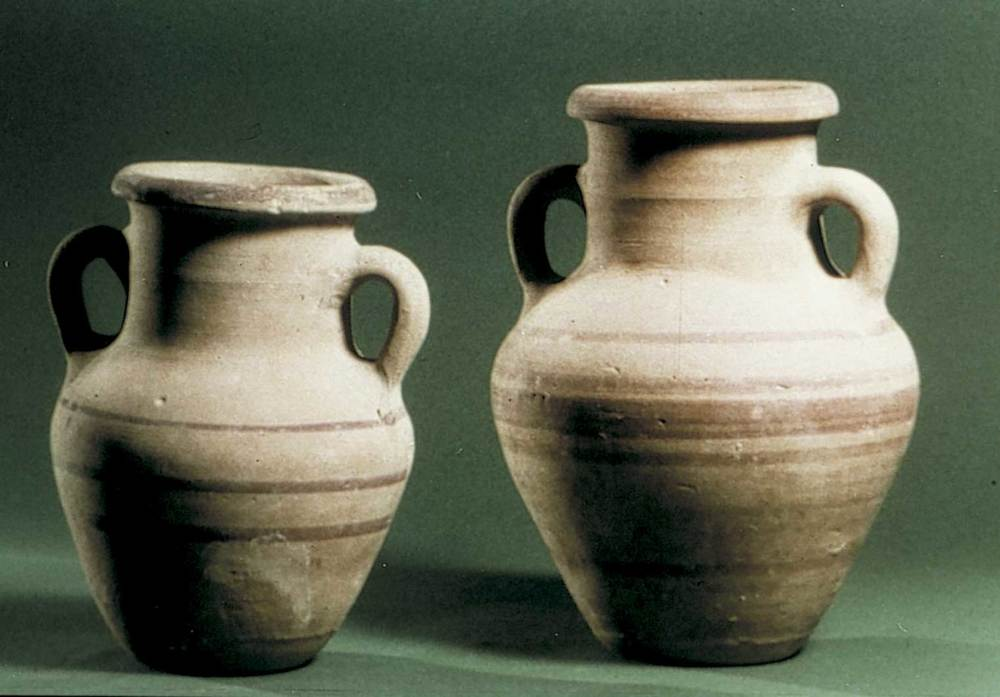 Època feniciopúnica. Gerretes punicoebusitanes del s. V aC. Foto: cortesia del Museu Arqueològic d´Eivissa i Formentera.
