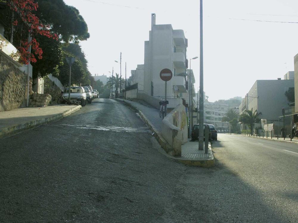 Ses Figueretes. Confluència dels carrers de Ramon Muntaner i de Tagomago. Foto: Felip Cirer Costa.
