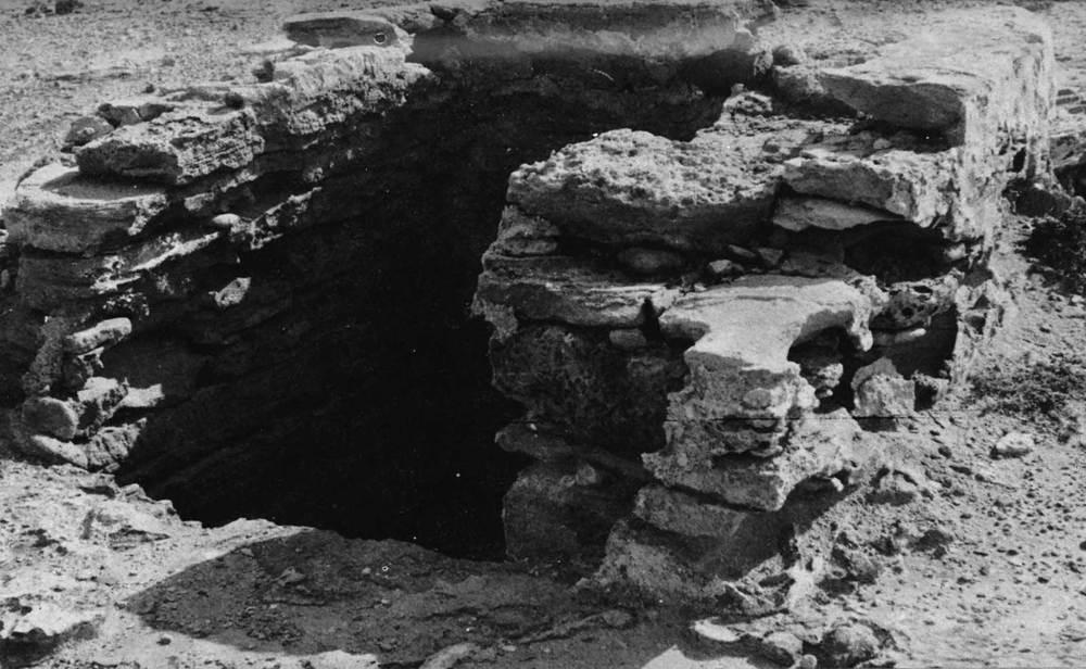 Formentera. Època baixmedieval. L´antic pou des Verro ha estat identificat com el lloc on els frares del monestir de la Mola abreuaven el seu bestiar, segons concessió de Guillem de Montgrí als agustins (1258). Foto: Joan Marí Cardona.