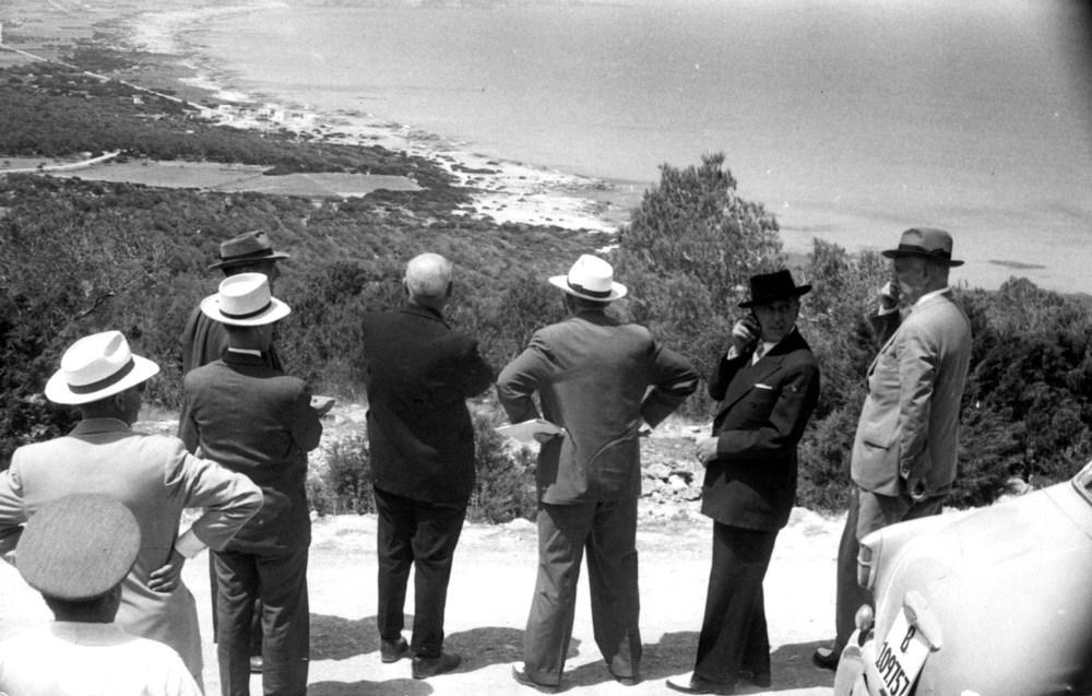 Vista de Formentera des del Mirador de la Mola, en una fotografia feta amb motiu de la visita del ministre d´Obres Públiques el 1956. Foto: Santiago Barberán.