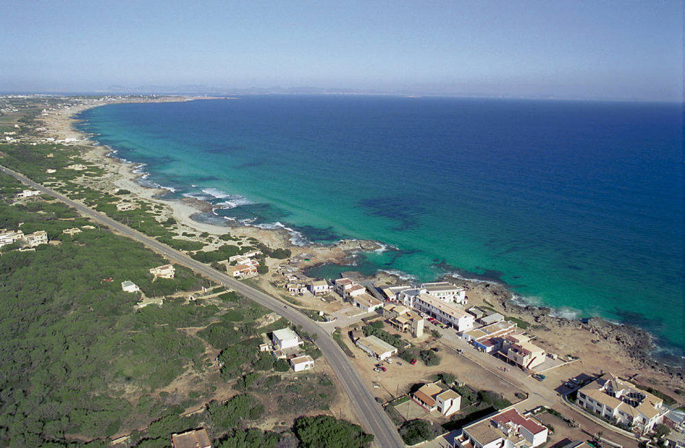 Una fotografia aèria de Formentera. Foto Pins.