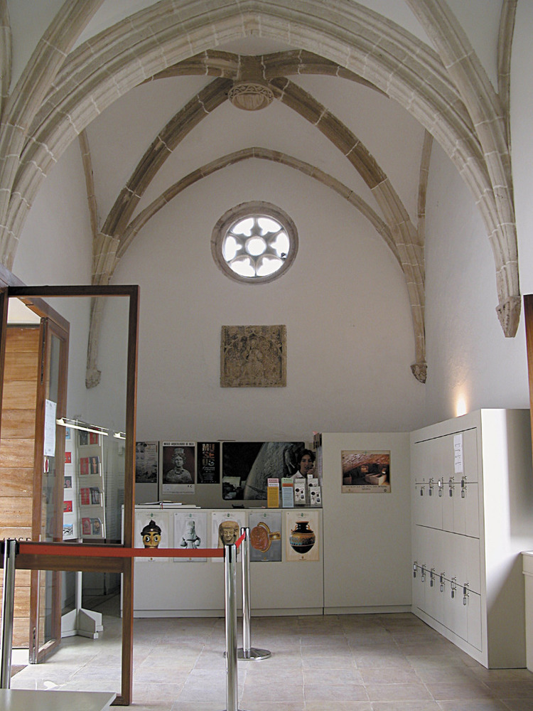 Museu Arqueològic d´Eivissa i Formentera. L´antiga capella del Salvador després de la reforma de 1995. Foto: Jordi H. Fernández Gómez.