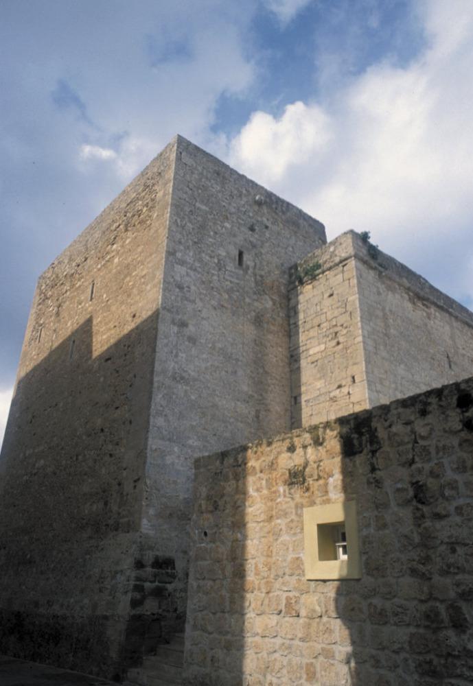 Torre de l´església de Sant Antoni, del quartó de Portmany, edificada a partir de 1305. Foto: Joan Antoni Riera.