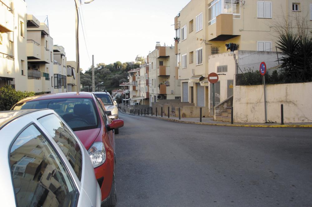 Es Puig des Molins. El carrer de Lluís Salvador en la bifurcació amb el d´al-Sabini. Foto: EEiF.