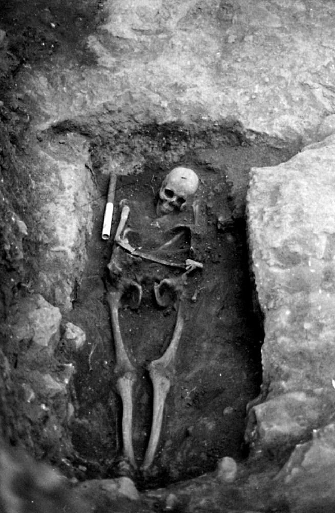 Necròpolis del Puig des Molins. Fase púnica tardana. Carrer de Lleó 10-12. Incineració púnica. Foto: Museu Arqueològic d´Eivissa.