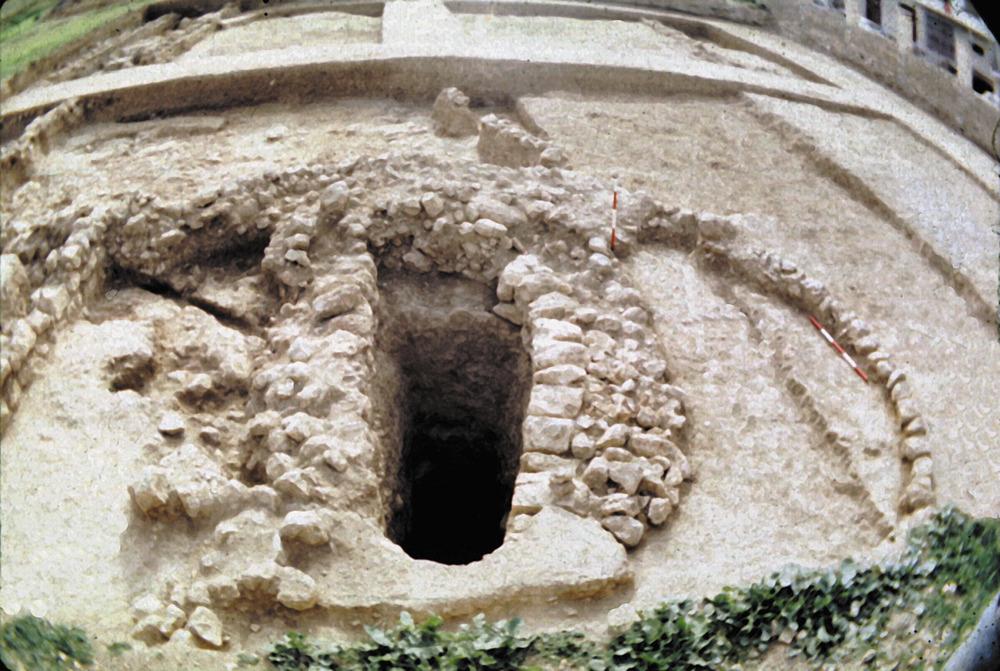 Necròpolis del Puig des Molins. Fase medieval islàmica. Detall del pou de la sénia de l´establiment islàmic del sector NE. Foto: Museu Arqueològic d´Eivissa.