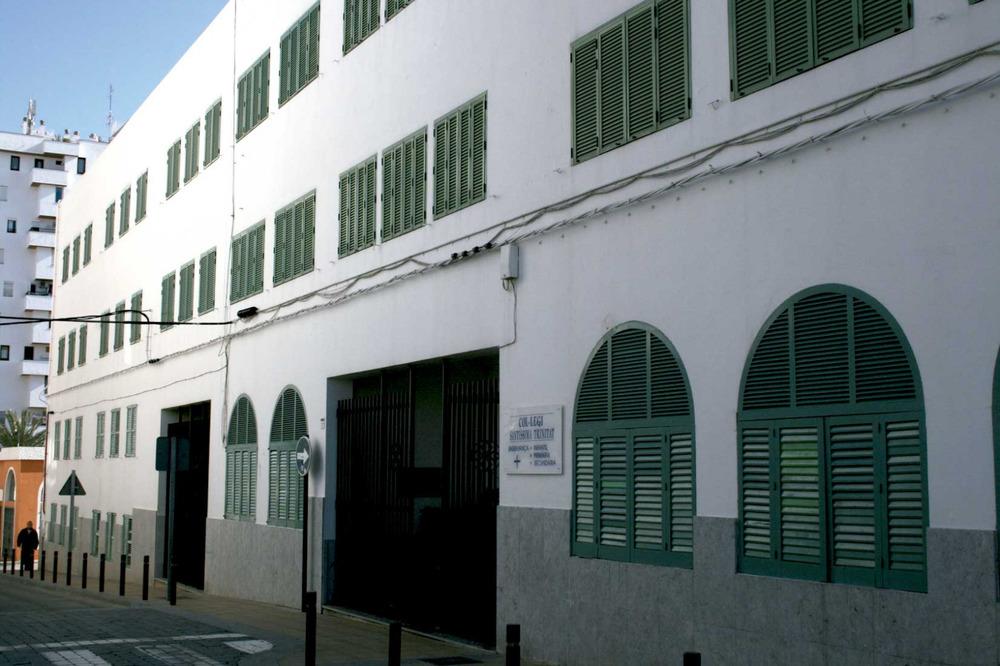 Sant Antoni de Portmany. El col·legi Santíssima Trinitat, de les monges trinitàries. Foto: Felip Cirer Costa.