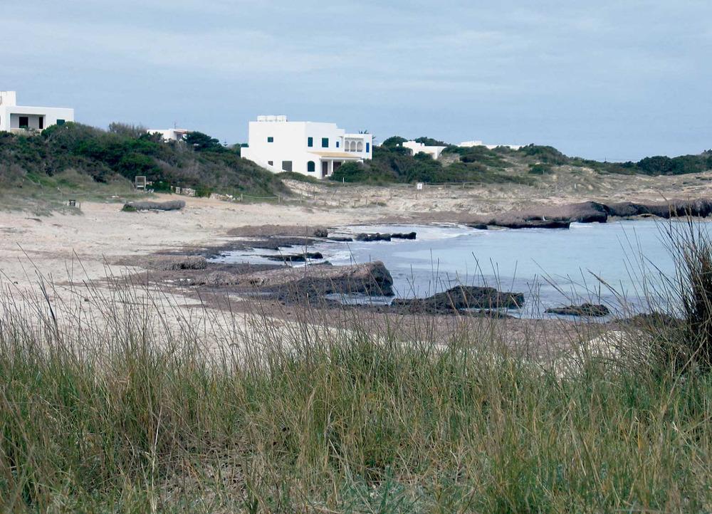 La platja de ses Canyes, entre es Pujols i sa Roqueta, a Sant Ferran de ses Roques. Foto: Vicent Ferrer Mayans.