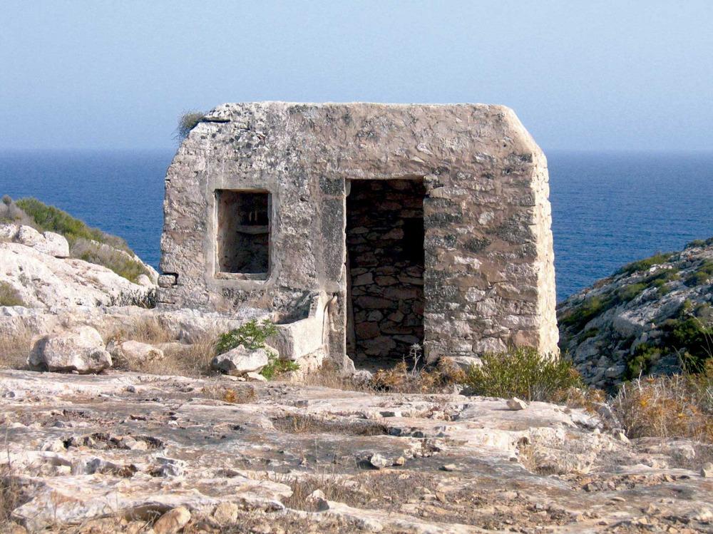 Sant Francesc Xavier. Cisterna al caire del torrent des Pins, al vessant E del cap de Barbaria. Foto: Vicent Ferrer Mayans.