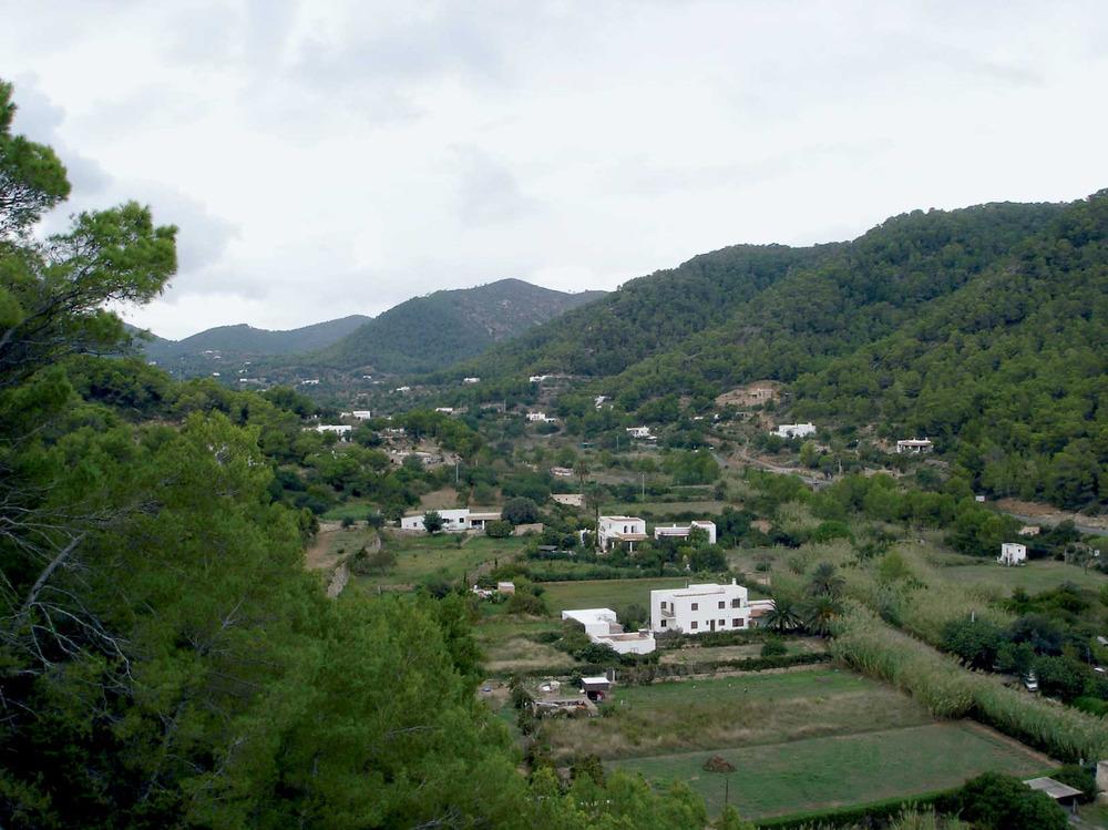 Municipi de Sant Joan de Labritja. La vall de sa Cala, amb el torrent del mateix nom. Foto: EEiF.