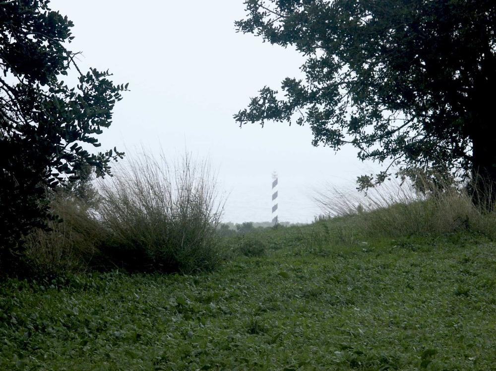 Municipi de Sant Joan de Labritja. Territori de la vénda des Murtar, amb el far des Moscarter al fons. Foto: EEiF.