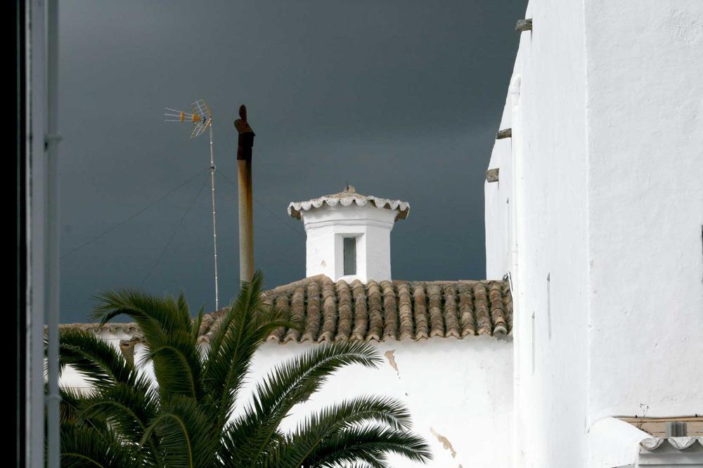Sant Josep de sa Talaia. Exterior de la capella del Rosari, de l´església del poble. Foto: EEiF.