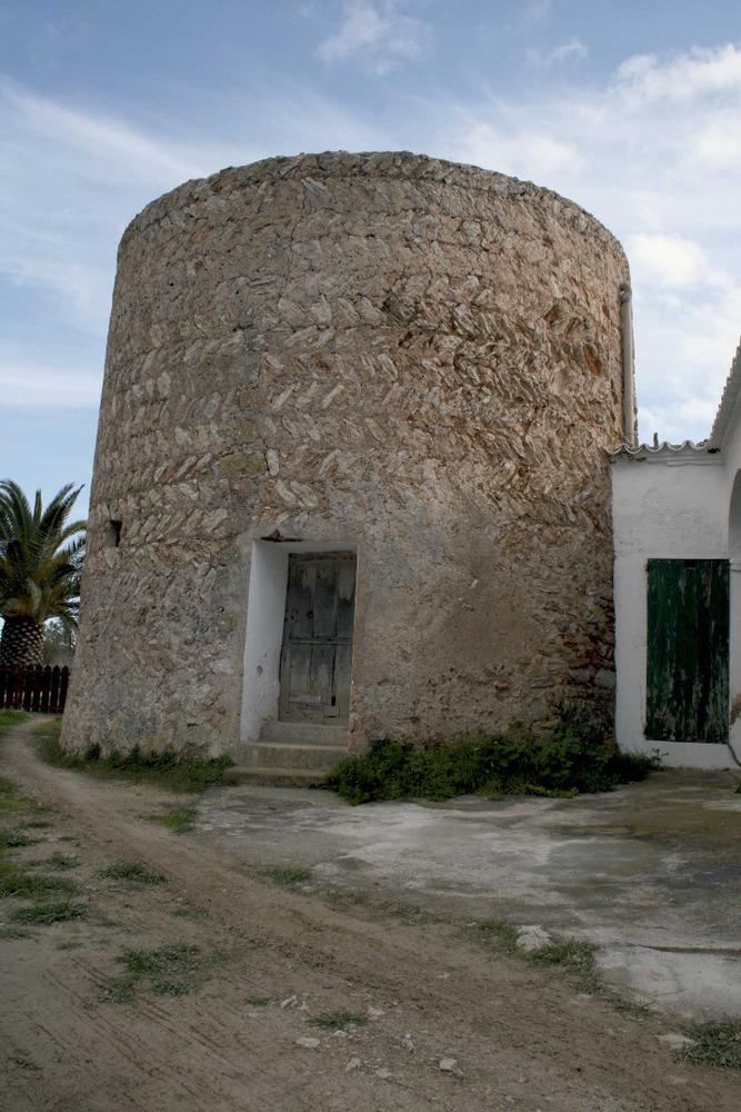 Sant Josep de sa Talaia. La torre des Toniets o de Can Sergent, coneguda com de Can Rempuixeta. Foto: EEiF.