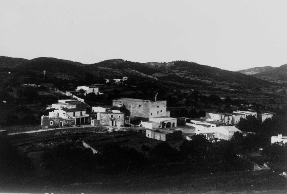 Imatge antiga del nucli urbà del poble de Sant Josep de sa Talaia. Foto: col·lecció JMR.