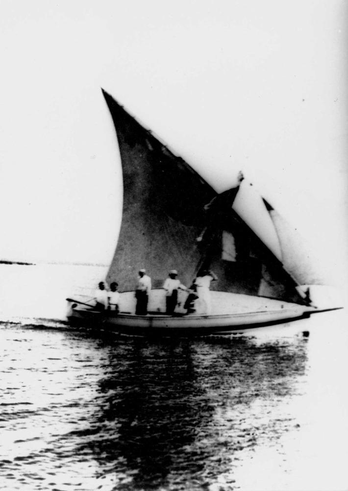 Abans de la dècada dels quaranta del s. XX, la mar era l´única via de comunicació dels habitants de Sant Vicent de sa Cala.