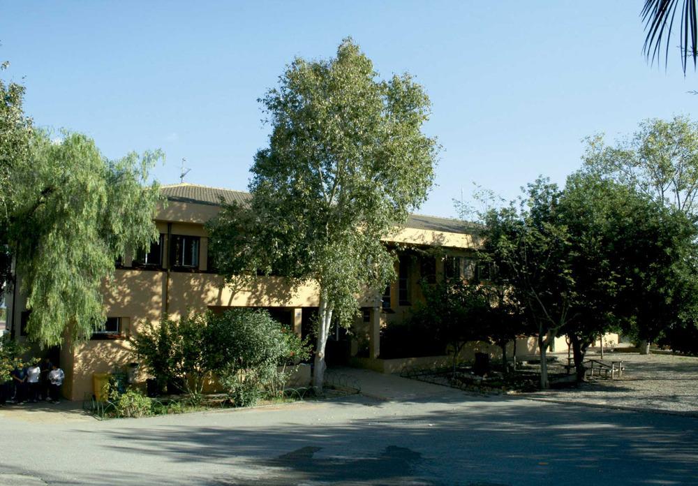 Santa Gertrudis de Fruitera. Les escoles noves, inaugurades el 1986. Foto: EEiF.