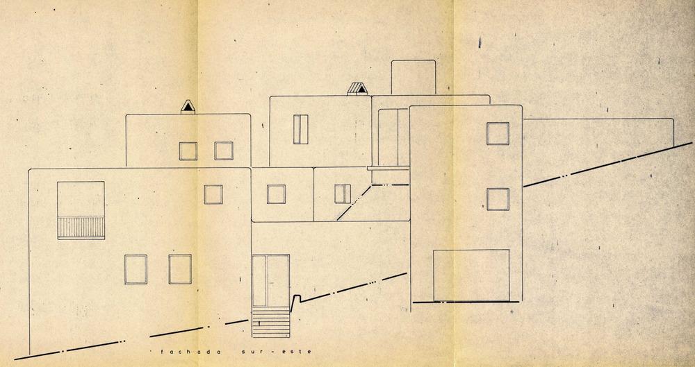 Projecte d´una casa unifamiliar al cap Martinet, del qual és autor Josep Lluís Sert i López; duu el segell del Col·legi d´Arquitectes de juny de 1968. Cortesia de l´Ajuntament de Santa Eulària des Riu.
