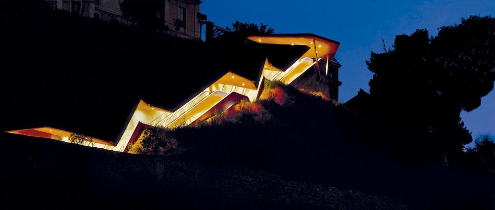 Elies Torres Tur: escales i ascensors de La Granja, Toledo, que faciliten l´accés a vianants a la ciutat antiga, que és Patrimoni de la Humanitat. L´obra ha obtengut diversos premis internacionals. Foto: David Cardelús.