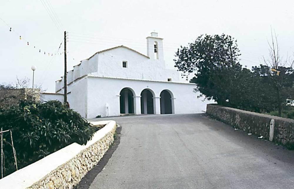 Arquitectura. Fotografia de l´església de Sant Mateu d´Albarca. Foto: Ferran Marí Serra / Salvador Roig Planells.