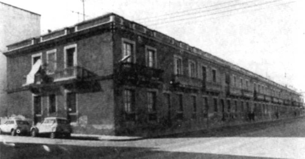 Arquitectura. Edifici L´Ebusitana (1931), de J. Alomar Bosch. Extret de <em>Gu&iacute;a de Arquitectura de Ibiza y Formentera</em>.