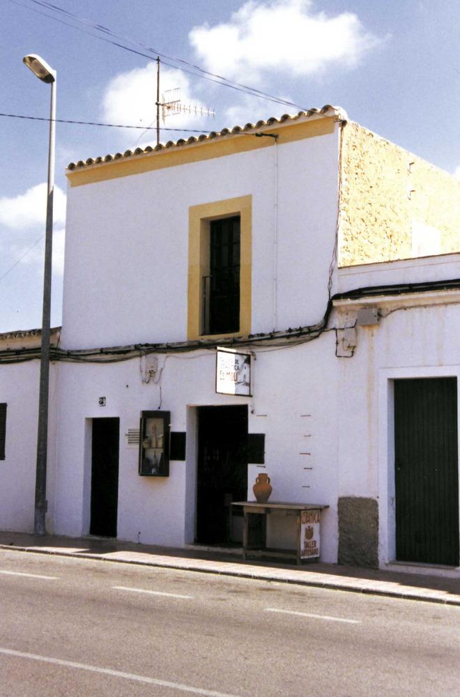 L´antiga escola de Sant Rafel de sa Creu. Foto: Neus Garcia Ferrer.