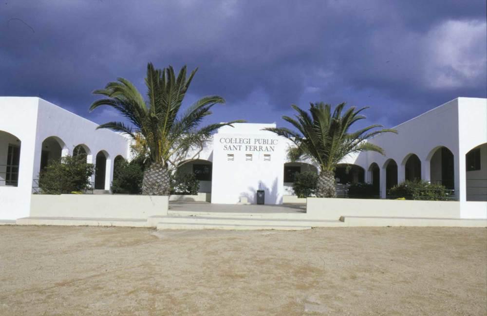 Col·legi de Sant Ferran. Foto Pins.