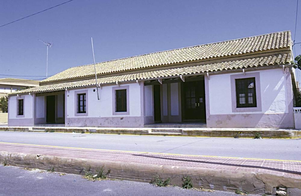 Antigues escoles de Sant Francesc, utilitzades com a Centre de Professors. Foto Pins.