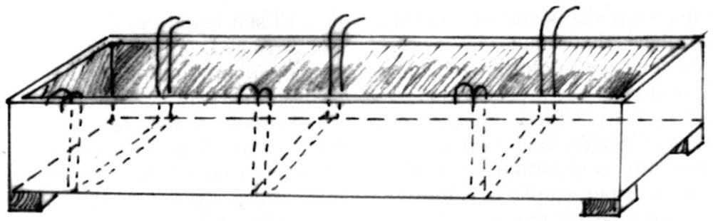 Caixó de fusta on es deixava refredar el sabó fort. Dibuix: Dionisio García Cueto.