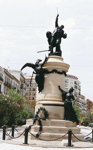 El monument al general Vara de Rey, obra d´Eduard Batiste Alentorn. Foto: Rosa Vallès Costa.