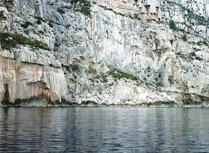 La costa de davall es Alls, just al límit entre les parròquies de Sant Mateu d´Albarca i Santa Agnès de Corona. Foto: Enric Ribes i Marí.