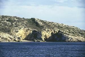 S´Arany, en el centre de la imatge, a la costa des Soto. Foto: Enric Ribes i Marí.