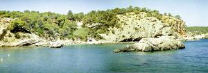Tram de costa de cala Xarraca que conté fòssils abundants de microfauna del Barremià.