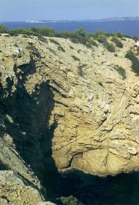 La cova de na Cambrelina. Foto: Enric Ribes i Marí.
