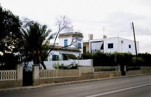 Ses Cases Barates. Imatge d´algunes de les cases edificades vora l´actual avinguda de Sant Josep de sa Talaia. Foto: Gabriel Alemany Morell.