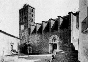 Catedral d´Eivissa. Una vista de la fa&ccedil;ana principal als anys quaranta del s. XX. Foto: extret de <em>Gu&iacute;a gr&aacute;fica Costa</em>.