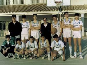 Un equip de bàsquet del Centre Recreatiu i Cultural Ses Salines.