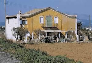 La casa coneguda com sa Colomina, a la que corresponia una extensa finca del pla de Vila.