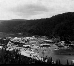 """Una imatge de la """"ciutat instantània"""" creada al port de Balansat per al Congrés Internacional de Disseny Industrial. Foto: cortesia de Maurici Cuesta Domínguez."""