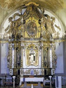 Retaule major de l´església del Convent, fet el s. XVII a Gènova; el presideix una talla de sant Vicent Ferrer. Foto: Toni Pomar.