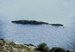 l´illa de sa Corbeta, a la costa del municipi d´Eivissa. Foto: Enric Ribes i Marí.