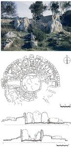 Aspecte del sepulcre de ca na Costa abans de l´excavació. A baix, planta i seccions del monument. Cortesia del Museu Arqueològic d´Eivissa.